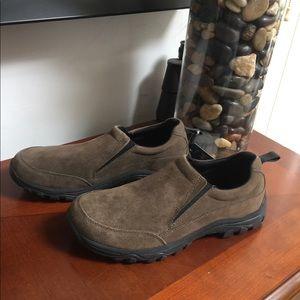 Men's suede brown shoes